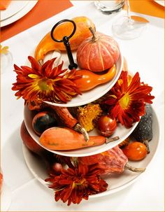 Pick up gourds and florals when you buy your turkey.  Very nice for a table or centerpiece.  EASY!