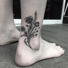 30 Ankle Tattoos Every Woman Must See - Trendiefy.com | Place of Trends and Entertainment - Page 18