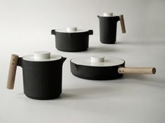 by Norwegian design team Angell Wyller Aarseth. Cookware. Handle me collection.
