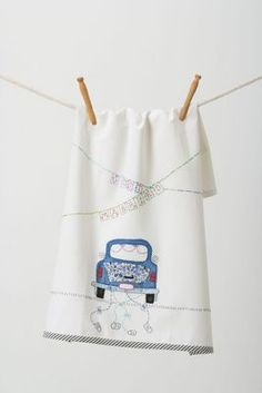 Just Married Dishtowel / Adorable GIFT!