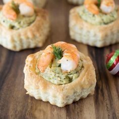 Shrimp & avocado puff pastry shells are really easy to make. Perfect for holiday entertaining, they are just as delicious their impressive looks. If you're looking for appetizers that are easy with that wow factor, you've come to the right place. Pastry Cup Recipe, Puff Pastry Shell Recipe, Puff Pastry Recipes, Puff Pastry Appetizers, Appetizers For Party, Appetizer Recipes, Puff Pastries, Party Snacks, Dessert Recipes