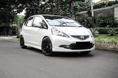 Honda Jazz~ White