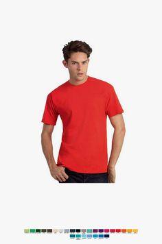 T-shirt unisexo de manga curta em malha jersey. Corte amplo e tubular. Duplo rib com pesponto a 2 agulhas. Pesponto duplo nas mangas e bainha.