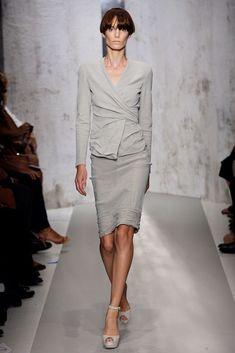 Donna Karan Spring 2010 Ready-to-Wear Collection Photos - Vogue