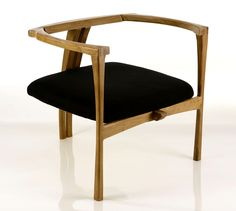 Poltrona II / II Armchair / Jacarandá Mineiro (reclaimed wood). Design by André Marx, 2012. Mais em: www.andremarx.com.br