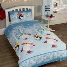 Pościel #Świąteczna - Śnieżynka. Niebieska pościel z pingwinkiem na poduszce. Dostępna w dwóch rozmiarach.