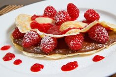 nutella & raspberry pancakes