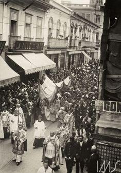 Vincenzo Pastore (Casamassima, Itália 5 de agosto de 1865 – São Paulo, Brasil 1918, Procissão na Rua XV de Novembro, 1908.