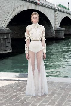 Givenchy Fall 2011 Couture - Review - Collections - Vogue