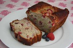 strawberry banana yogurt bread