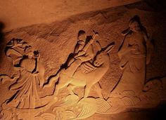 An overview of the mysterious Longyou caves or grottoes in China, which might have been built with ancient technology. Stone Carving, Moose Art, Lion Sculpture, Asia, Statue, Temples, Mysterious, Cosmos, Discovery