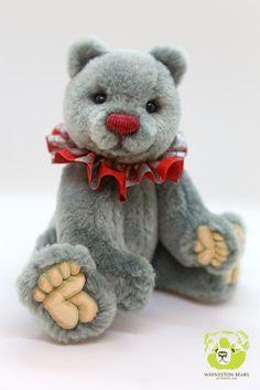 Winston Blue by Wayneston Bears #Waynestonstudios #waynestonbears #teddybear #artistbear #teddybearartist #bearartist