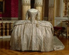 """Court costume was highly codified. Wearing a court gown was a privilege reserved for the Queen, the princesses of the royal blood and """"presented"""" ladies.  This gown was worn by Marie-Antoinette..."""