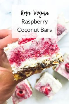 Raw Vegan Coconut Raspberry Bars These Raw Vegan Raspberry Coconut Bars are the perfect sweet treat! Made with dates, cashews, oats maple syrup, and coconut cream, these are refined sugar-free. Raw Dessert Recipes, Raw Vegan Desserts, Coconut Desserts, Raw Coconut, Coconut Bars, Raw Vegan Recipes, Vegan Cake, Coconut Cream, Vegan Cupcakes