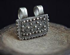 Bijoux Ethnique par GlobalAdornments sur Etsy Etsy, Ethnic Jewelry, Objects