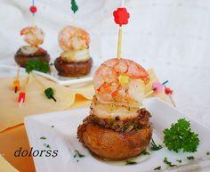Mushroom and shrimp skewers Finger Food Appetizers, Finger Foods, Salada Light, Helathy Food, Tapas Menu, Eat Pretty, Spanish Tapas, Xmas Food, Food Decoration