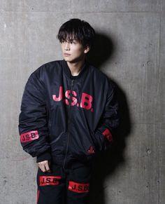 3代目j Soul Brothers, How To Look Handsome, Japanese Men, Actor Model, Asian Men, Cute Guys, High Low, How To Look Better, Bomber Jacket