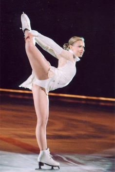 Oksana Eiskunstläufer topless Baiul Bilder 2