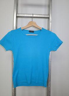 A vendre sur #vintedfrance ! http://www.vinted.fr/mode-femmes/t-shirts/15805552-t-shirt-bleu-turquoise-best-mountain