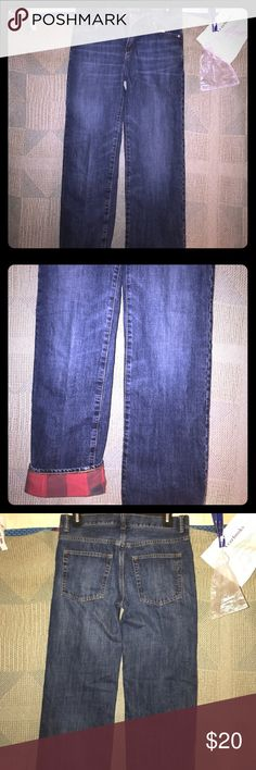 Boys 18 Gap jeans dark wash w/red flannel lining Size 18 boys Gap jeans with red linen lining, looks like flannel but mare linen feel, great condition, has elastic adjustable band in waist,🚬🐱🏡💖accepting all reasonable offers💖 GAP Bottoms Jeans