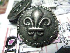 Fleur-De-Lis Metal Buttons , Retro Silver Color , Shank , 1 inch , 10 pcs by Lyanwood, $6.50