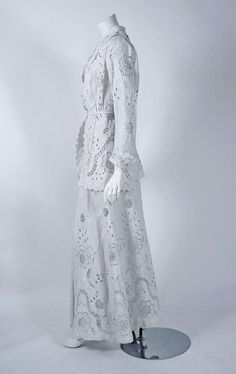 1910's Edwardian Crisp-White Embroidered Linen Needle-Lace Jacket & Skirt...