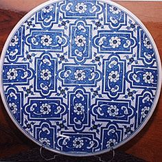 SERAMİK Ceramic Tile Art, Glass Ceramic, Painted Plates, Turkish Tiles, Islamic Art, Print Patterns, Decorative Plates, Mandala, Porcelain
