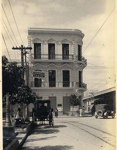 Calle en Ponce,años 30,Puerto Rico.