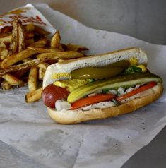Google Image Result for http://www.tastewiththeeyes.com/wp-content/uploads/2011/05/dog4chicago.jpg