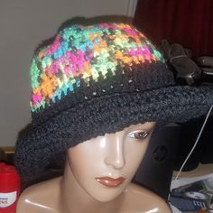 #90sfashion crochet hat $15. Dm or comment and claim. #hats #shopping #crochet #wordpress 90s Fashion, Wordpress, Fashion Accessories, Crochet Hats, Beanie, Shopping, Knitting Hats, Beanies