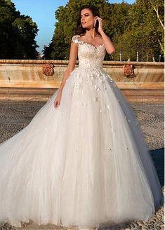Fantastic Tulle & Satin Bateau Neckline A-Line Wedding Dresses With Lace Appliques