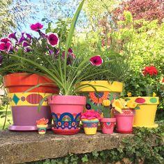 Pots de fleurs peints à la main