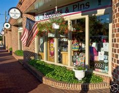 Needles & Pins--A fun quilt store to visit in Frederick, MD located in Everedy Square & Shab Row.