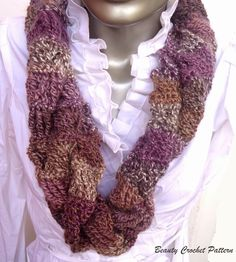 Crochet Cowl Scarf Pattern | Cowls are a great accessory for the cold days! This circle scarf will ...