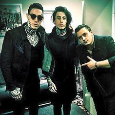 Trace Cyrus formerly of the band Metro Station, and Ronnie Radke formerly of Escape the Fate now current lead singer of Falling in Reverse - so much perfection, in one picture!!!