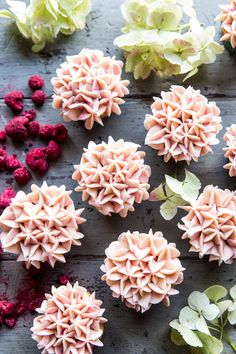 Carrot Cake Cupcakes with Berry Mascarpone Frosting: these cupcakes are moist, soft, extra fluffy, and extra sweet, plus they are SO EASY! Yes, even the frosting flowers on top. Just use a star piping tip and apply a little pressure to the bag. @halfbakedharvest.com