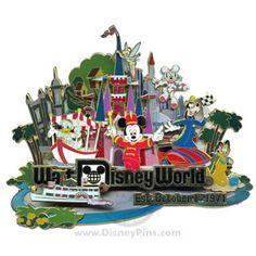 Retro Walt Disney World® Resort Collection - Super Jumbo Pin, 2006