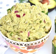 This Avocado Dill Tuna Salad is paleo, whole 30 and packed with flavor! Avocado completely replaces mayo for an all natural healthy fat addition! Easy Potluck Recipes, Cooking Recipes, Healthy Recipes, Paleo Whole 30, Whole 30 Recipes, Good Food, Yummy Food, Tuna Salad, Healthy Fats