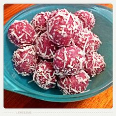 Of the Kitten Kind: Raspberry and Lime Raw Cheesecake Truffles