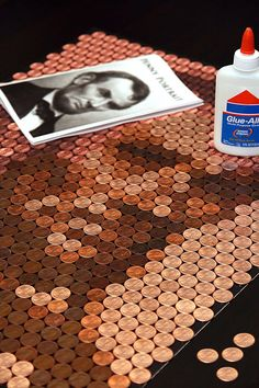 Old Coins Craft, Pennies Crafts, Penny Decor, Penny Table Tops, Penny Wall, Coin Crafts, Steel Penny, Diy Table Top, Coin Art