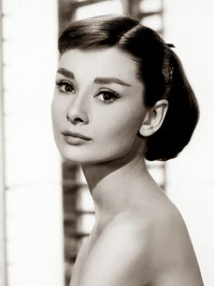 Classic Audrey Hepburn and How To Be Attractive In 9 Easy Steps