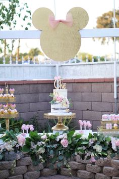Glamorous Floral Minnie Mouse Birthday Party on Kara's Party Ideas | KarasPartyIdeas.com (7)