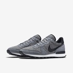 Nike Internationalist Fleece Men's Shoe. Nike Store