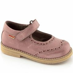 Froddo girls Pink leather mary jane shoes G3140021-1 Childrens Shoes, Mary Jane Shoes, Pink Leather, Brogues, Pink Girl, Mary Janes, Autumn, Classic, Winter