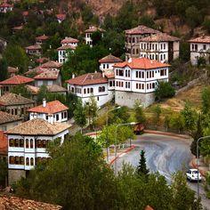 Traditional and History Turkish Houses - Safranbolu,Karabuk,Turkey  // Photo by @kocaonder