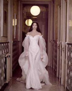 Janaes Style galia lahav spring 2018 bridal long bishop sleeves off the shoulder sweetheart neckline Dream Wedding Dresses, Bridal Dresses, Wedding Gowns, Prom Dresses, Modelos Fashion, Fantasy Dress, Bridal Fashion Week, Beautiful Gowns, Dream Dress