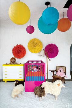 Celebrity Nursery: Ellen Pompeo's Infant Lady Nursery - http://www.decoradecor.com/celebrity-nursery-ellen-pompeos-infant-lady-nursery.html