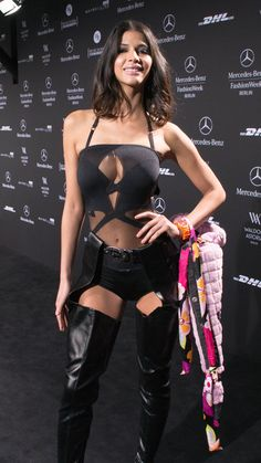 Awesome Hot Hollywood Celebrity Micaela Schaefers Gets The Boot For Being Under Dressed . 27 Hi-Resolution images in gallery. Schaefer, Under Dress, Hollywood Celebrities, Celebrity News, Street Wear, Sexy Women, Photos, Wonder Woman, Womens Fashion