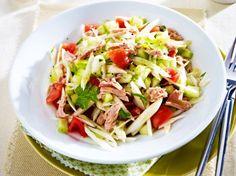 Unser beliebtes Rezept für Fenchel-Salat mit Thunfisch und mehr als 55.000 weitere kostenlose Rezepte auf LECKER.de.