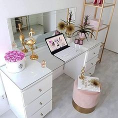 Girl Room Decor Ideas - How do you arrange a little girl's room? Girl Room Decor Ideas - What Every bedroom needs? Home Office Space, Home Office Design, Home Office Decor, Home Decor, Ikea Office, Office Chairs, Room Chairs, Dining Chairs, Bedroom Makeup Vanity